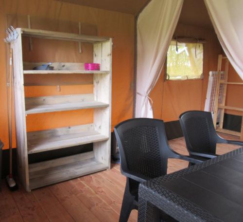 woonkamer safaritent