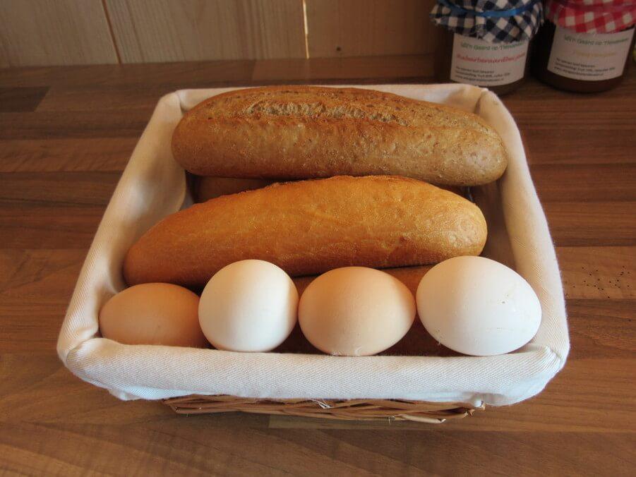 verse broodjes en eitjes